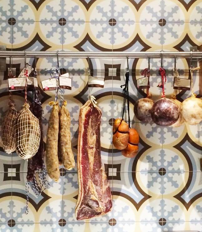 Restaurante Can Boneta y vino tomasito's